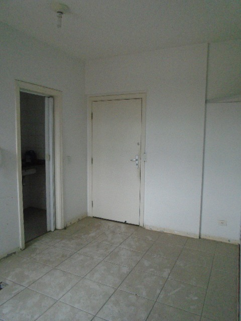 sala comercial cod. 8482