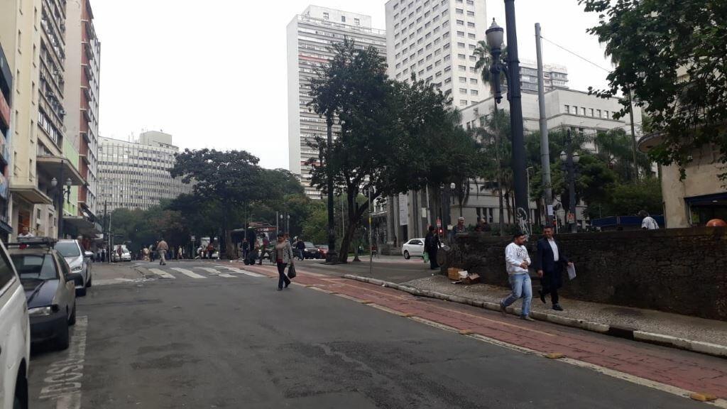 sala comercial com 100 metros de área útil no centro ao lado da viaduto do chá e metrô anhangabaú!!! - 170-im329436