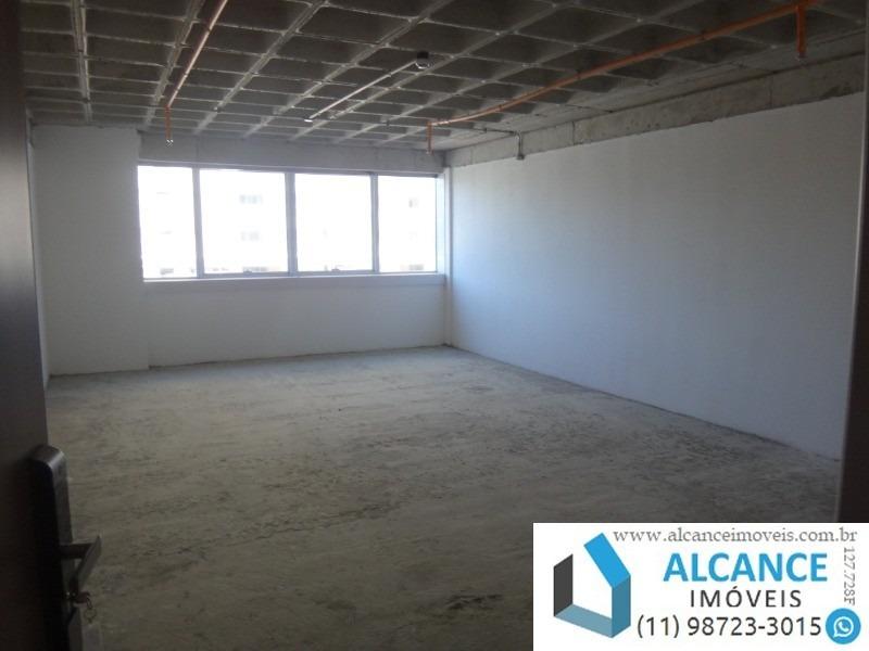 sala comercial com 56,34 m² de área com 1 banheiro e 1 vaga no edifício montreal em alphaville. - sa00046 - 34783949