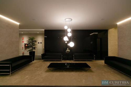 sala comercial de 37 m² privativos no água verde!!