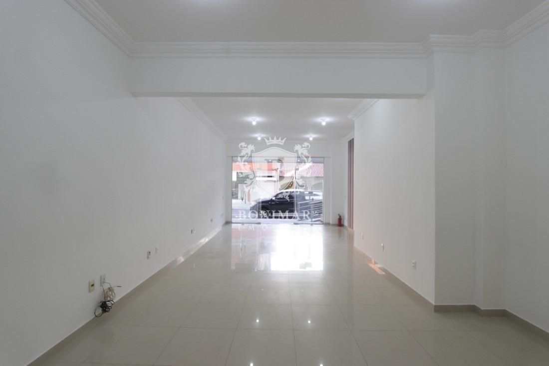 sala comercial em região central de meia praia - l690