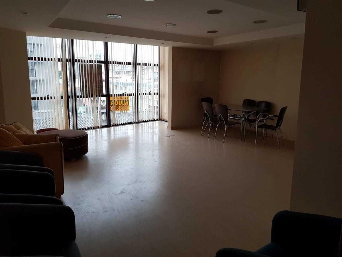 sala comercial localizada na área central de caxias do sul.