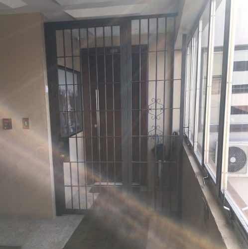 sala comercial menino deus , com 38 m2, ac, banheiro, poa/rs