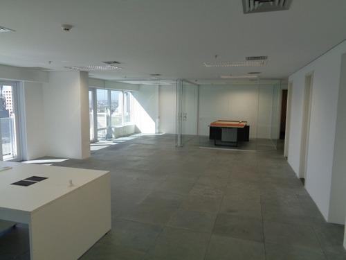 sala comercial no quebec - 1749