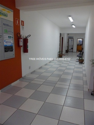 sala comercial para vender no centro de arujá em prédio novo, bem localizado, com 10,50m² (3x3,5m), porta de correr, janela ampla com ótima luminosida - sa00041 - 1878403
