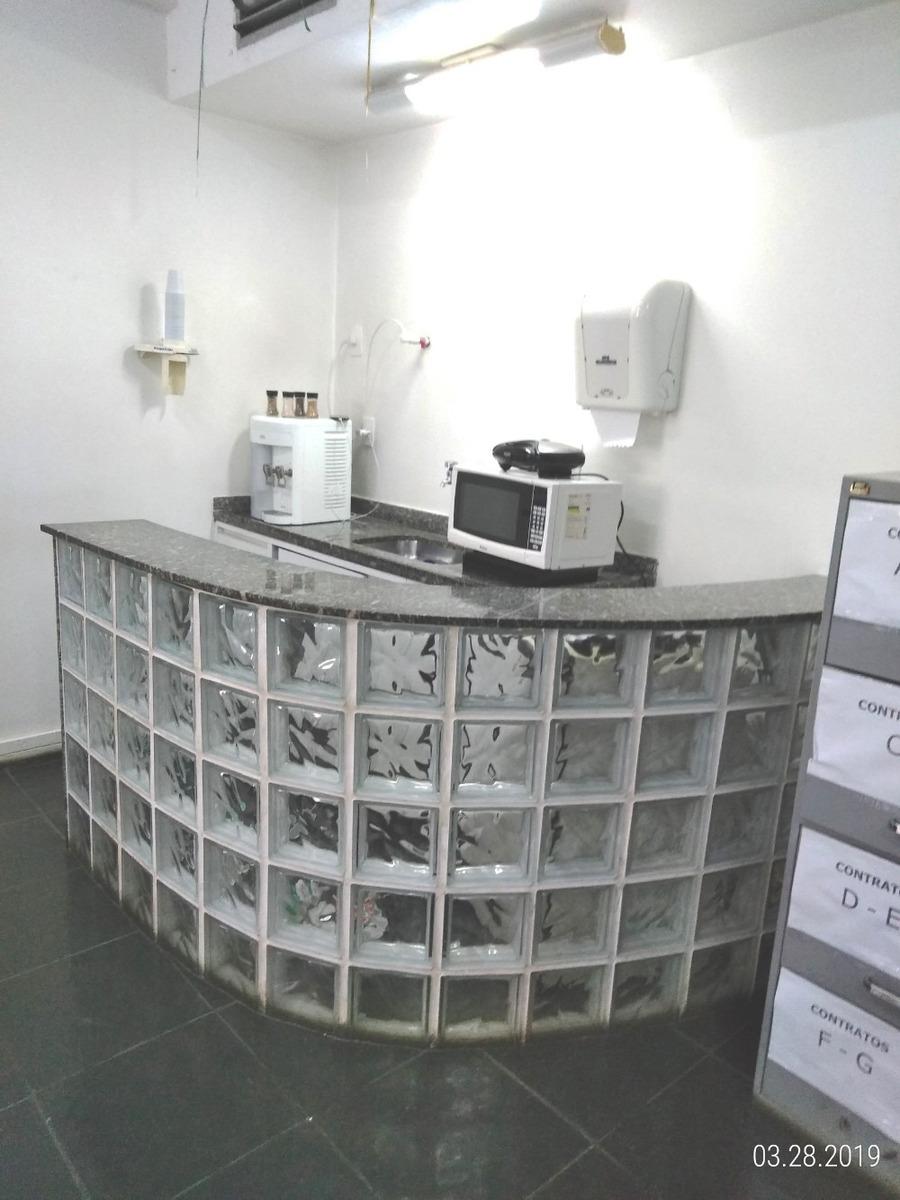 sala comercial sem dívida em ótimo estado de conservação