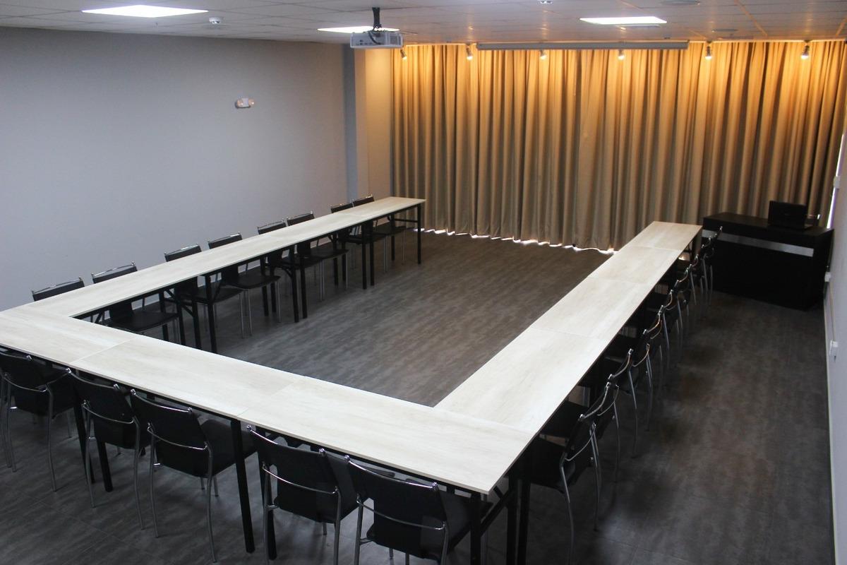 sala de capacitación o aula (miraflores)