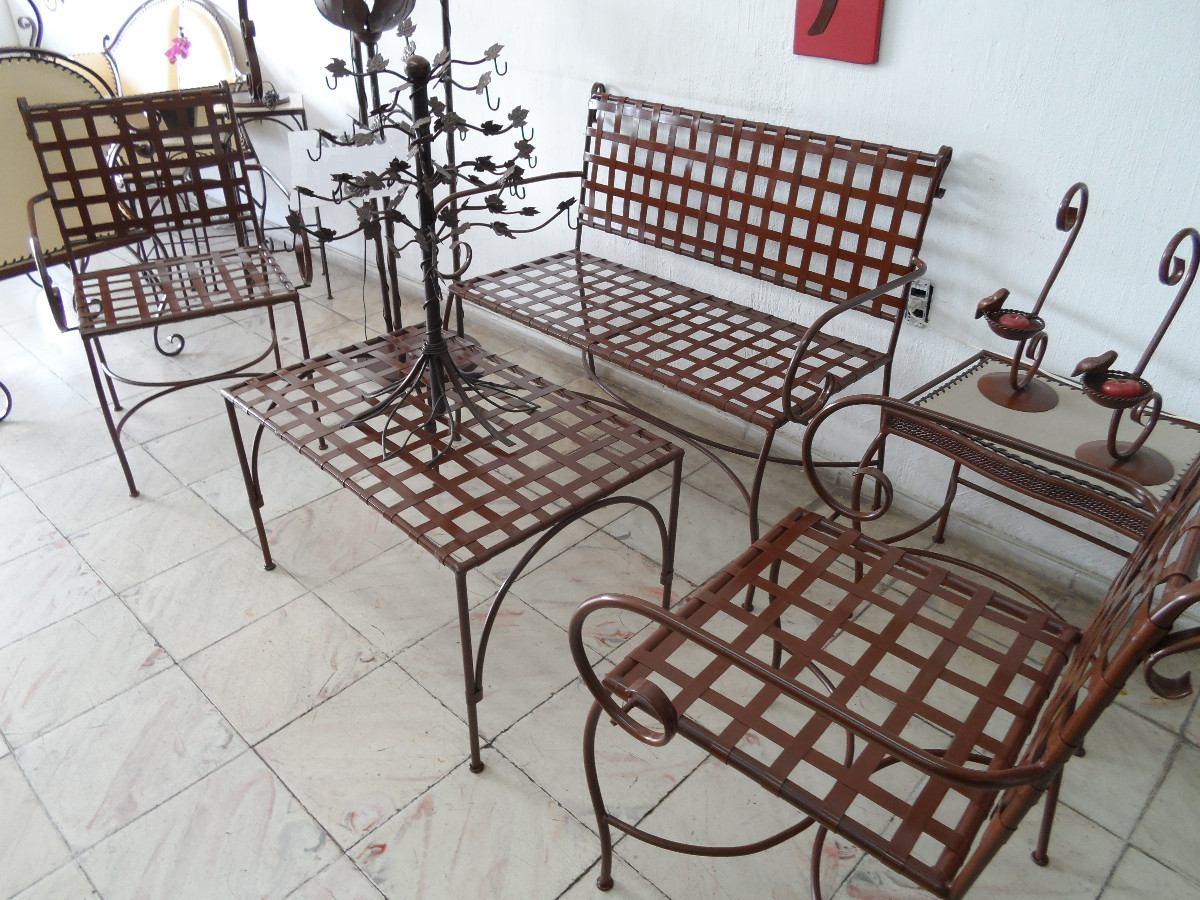 Sala de estar para exteriores de hierro forjado cafe oxido for Muebles de jardin de hierro forjado