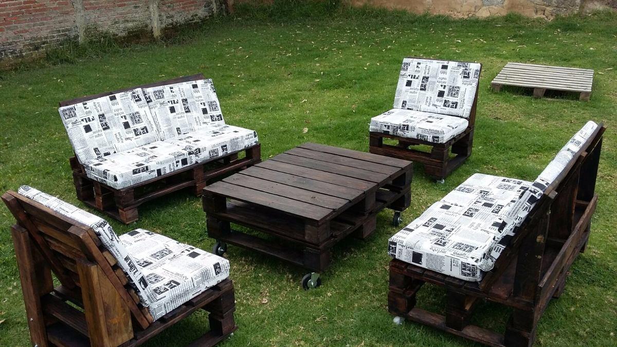 Sala de madera estilo pallets tarima palet 10 for Mesas de madera de tarima
