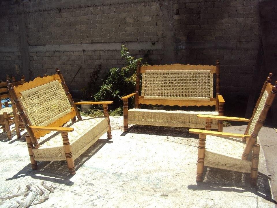 Sala de madera tejida en palma    7,500.00 en mercado libre