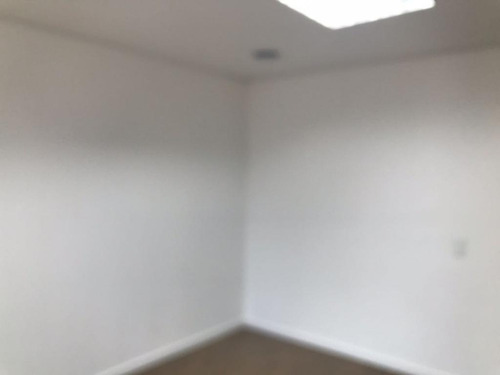 sala em alphaville, barueri/sp de 44m² para locação r$ 1.500,00/mes - sa183682