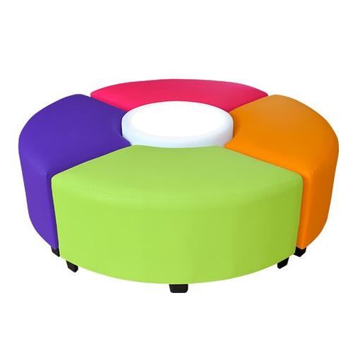 sala lounge ciclo 4 taburetes y mesa con  luz  1890 mobydec