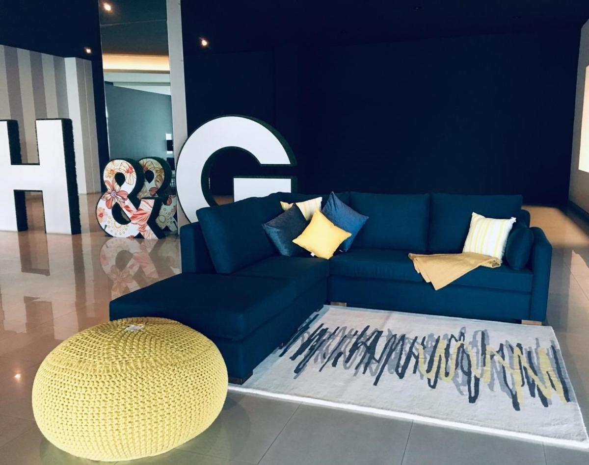 Sala Modular 5 Plazas Tapizado Tela Madera De Pino Mueble Diseño Decoración Salas Modernas Interior