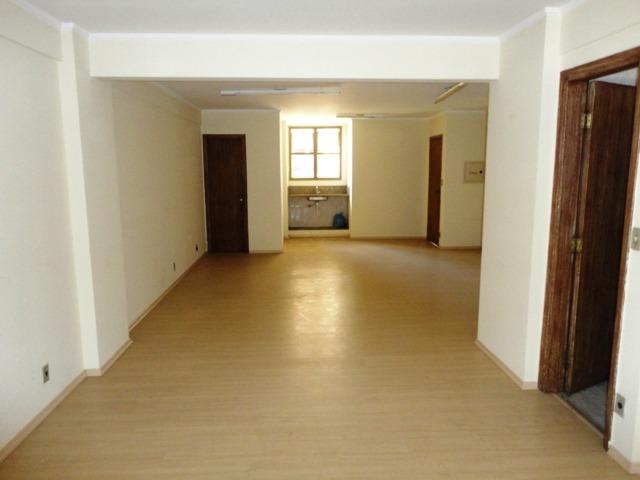 sala no centro  para locação ou venda. r$180 mil sal0044