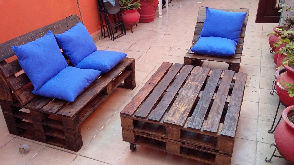 Sala palet vintage madera maciza pallets tarima for Muebles en tarimas de madera