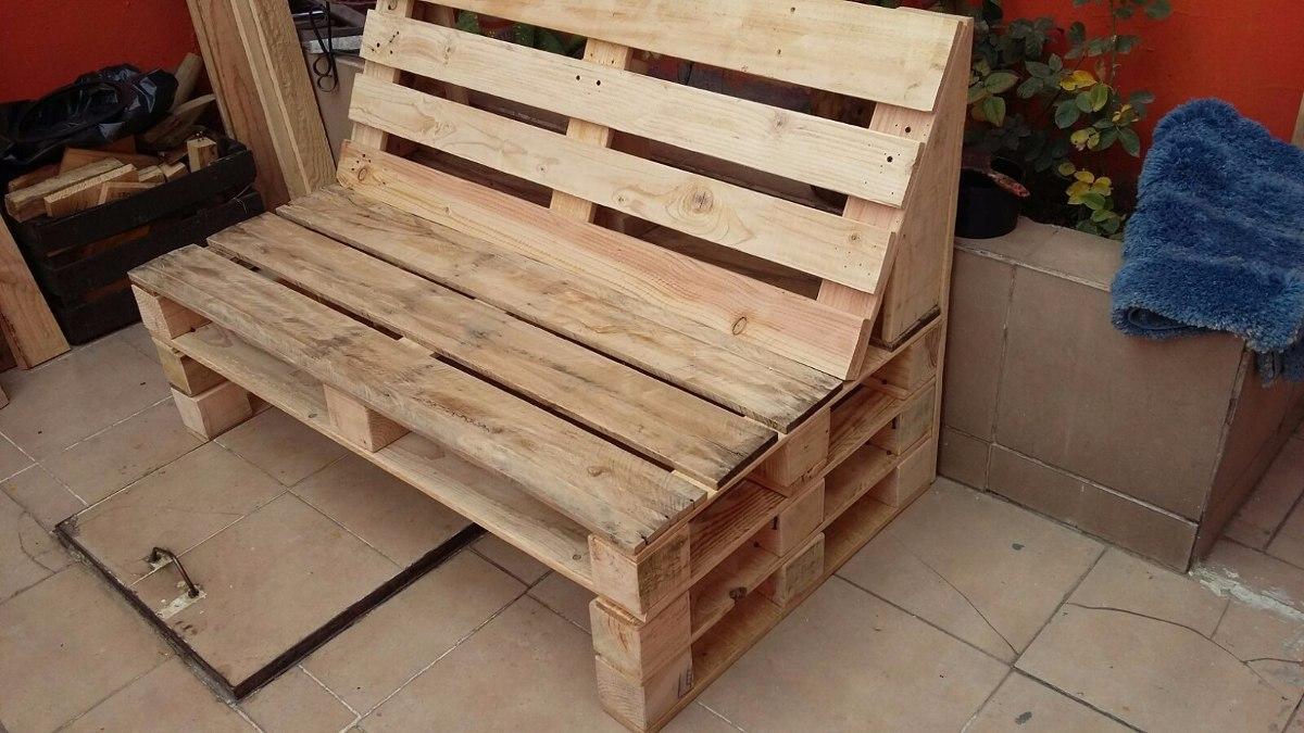 Sala sillon sof palet madera pino maciza pallets tarima for Sillon con palets reciclados