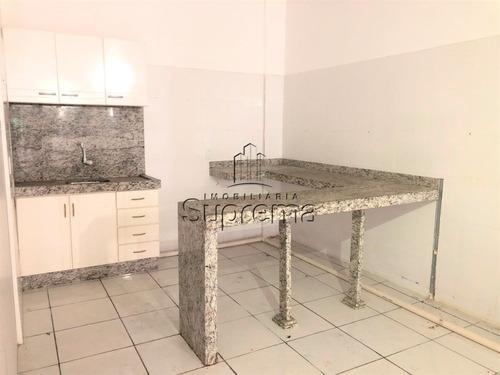 sala terrea na rua tijucas - 988