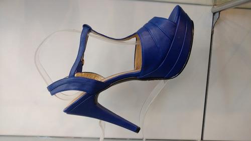 saldos de calzado para damas y niños