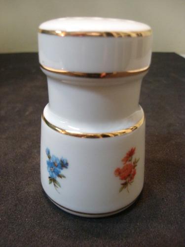 saleiro/pimenteiro de porcelana filetado com motivo floral!!