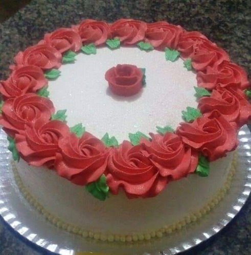 salgadinhos à pronta entrega/bolos decorados