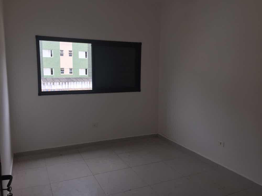 salão com 170 ms2 centro mongaguá locação + apartamento