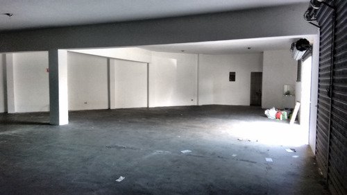 salão comercial e industrial com 140 metros quadrados