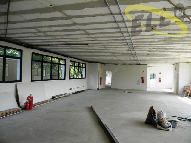 salão comercial para locação em local nobre na granja viana. - sl0007