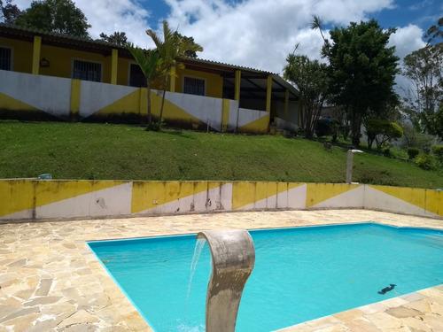 salão de festas piscina churrasqueira ótima acesso