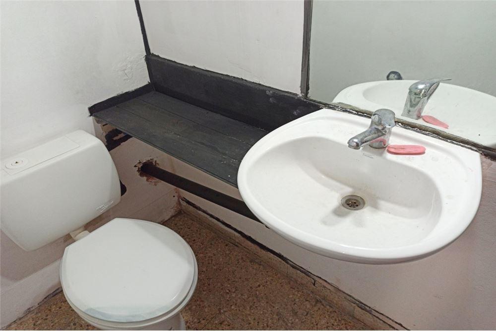 salon 3baños.sótano con. mobiliario cid campeador