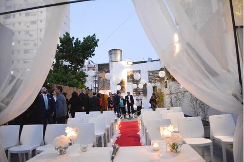 salon de eventos con terraza y patio