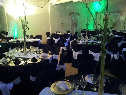 salón de fiesta + catering + bebidas + cabina de fotos