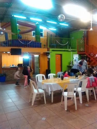 salon de fiestas kinderland. 300 m2 en un solo ambiente!!!!