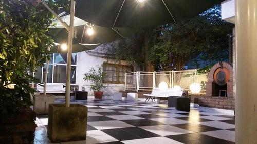 salón de fiestas patio parrilla 50 personas caba p.patricios