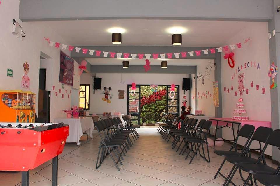 Peque o salon de fiestas infantiles centro df cap 60 pers for Jardin eventos df