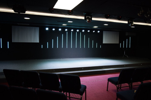 salón para conferencias, talleres, cursos etc...