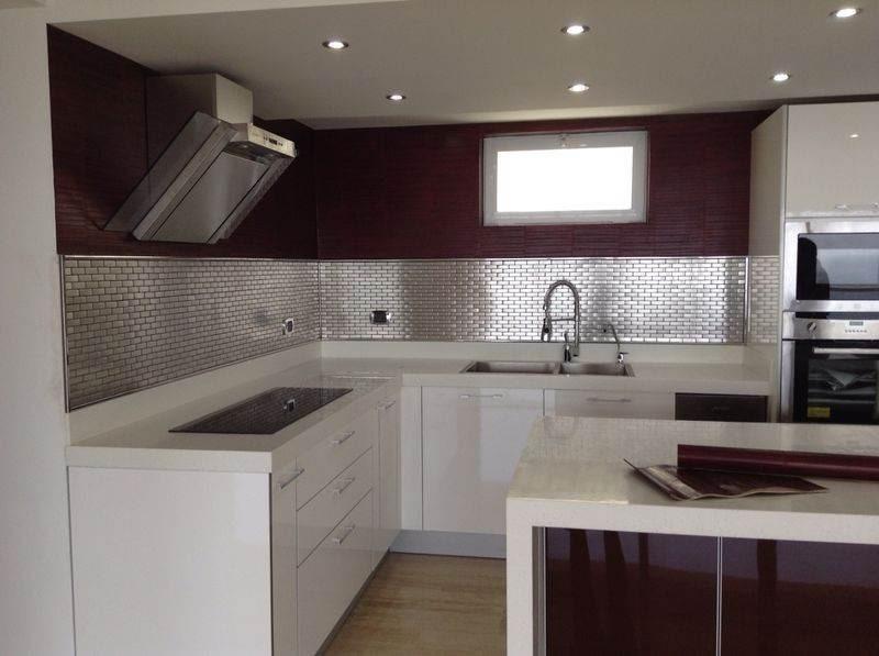 Salpicadero para cocinas integrales en acero por m2 for Costo de cocinas integrales modernas