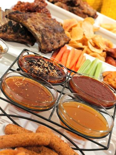 salsas alitas bbq, buffalo y frutales. c/6 galones
