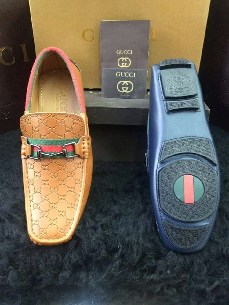 2bd2a00133e02 salvatore ferragamo zapatos originales. Cargando zoom.
