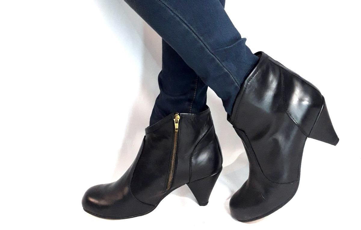 3463e48fe4 sam123 botas cortas mujer talle grande cuotas amanda negras. Cargando zoom.