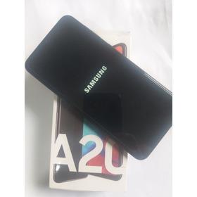 Samsung Galaxy A20 Dual Sim 32 Gb Com Tela Manchada (leia)
