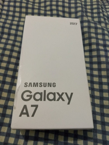 samsung galaxy a7 2017 naci lacrad garantia1ano 1199 à vista