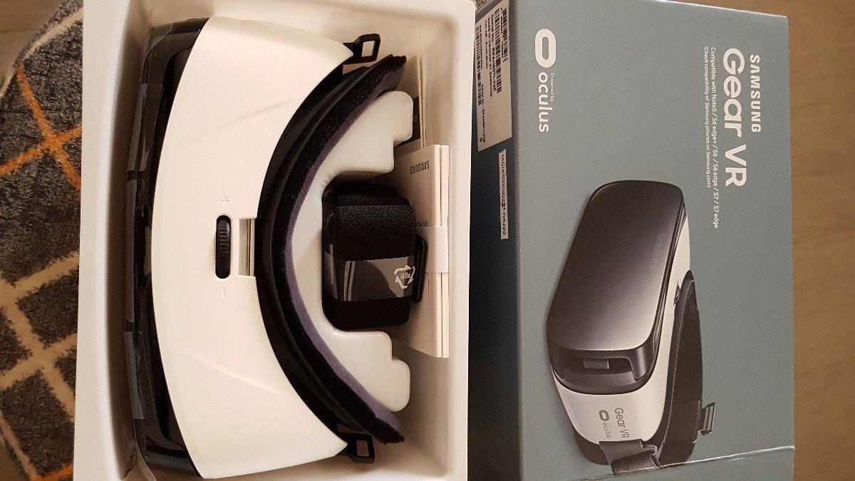 Samsung Gear Vr R322 Oculus Óculos Virtual Novo - R  150,00 em ... 9e8db6316e