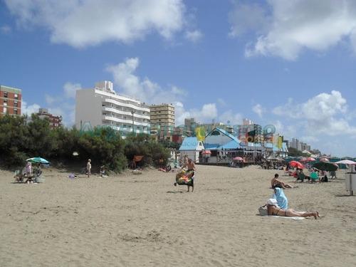 san bernado 3 ambientes implecable, 1 cuadra de la playa