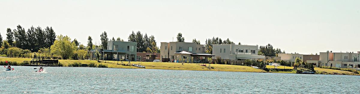 san francisco - lote a la laguna