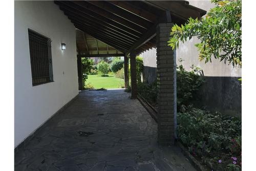 san isidro-venta casa en hermoso lote -