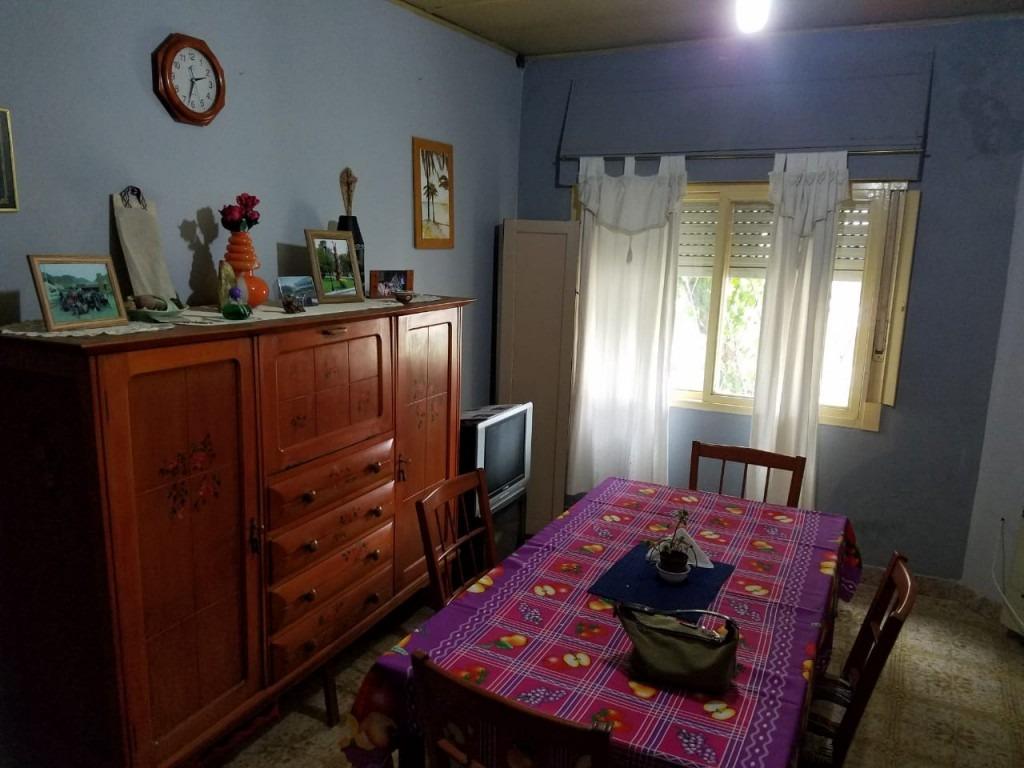 san justo - casa 3 ambientes toda en planta