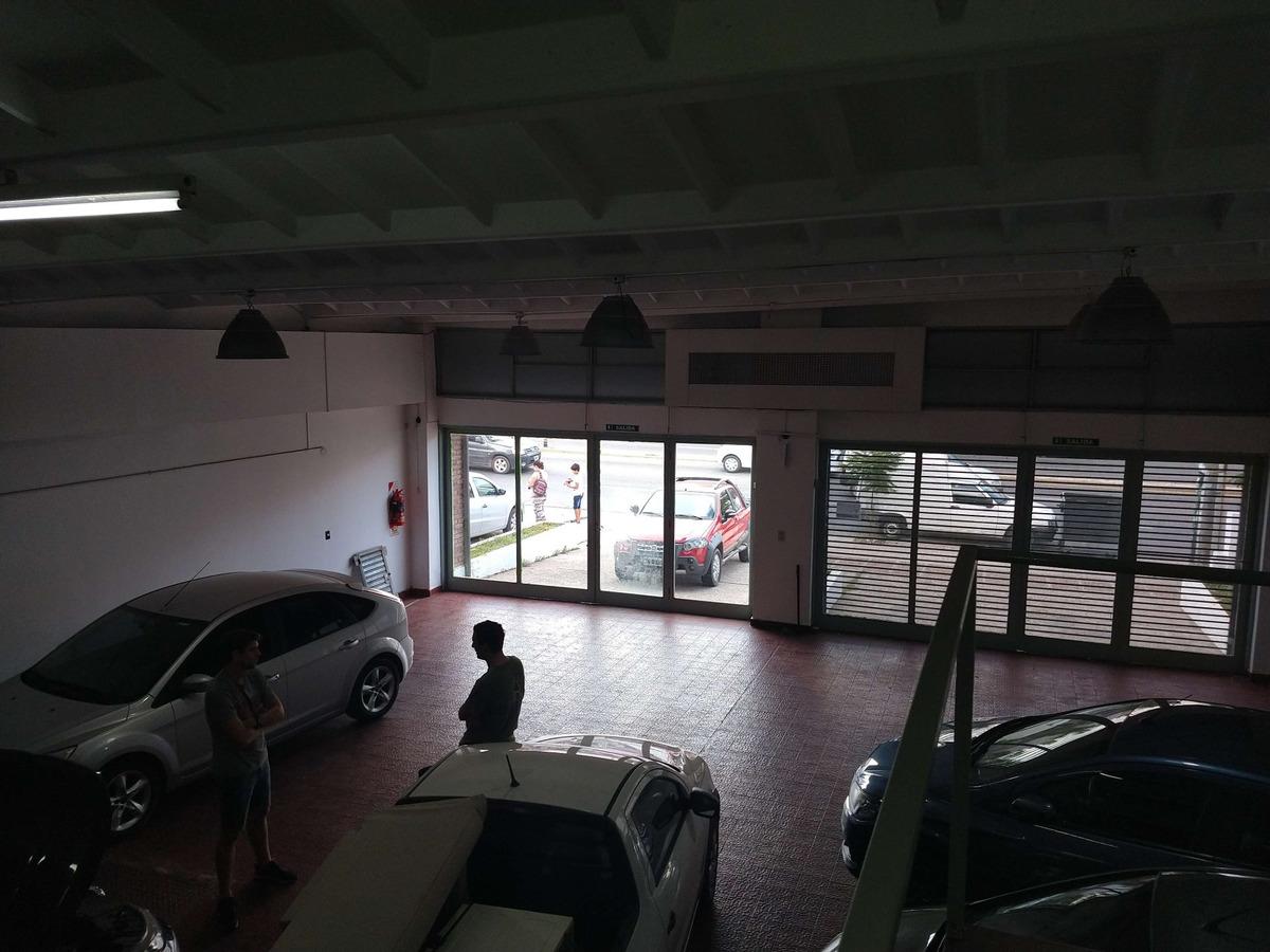 san salvador - colon 4300 - venta local de 285mts sobre colon y sagrada familia