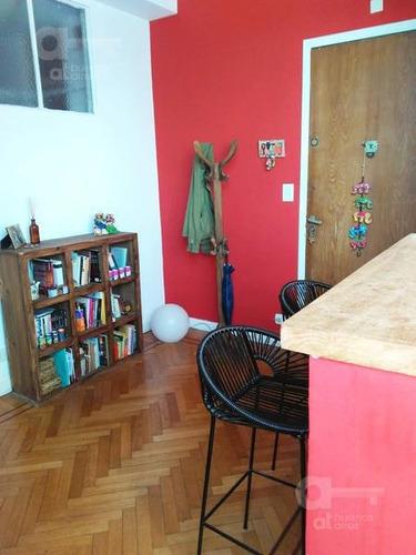 san telmo. departamento 3 ambientes con balcón. alquiler temporario sin garantías.