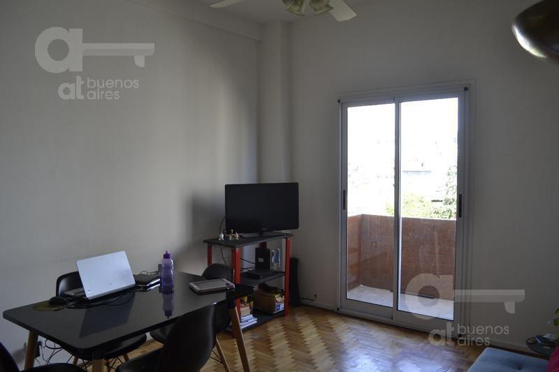 san telmo. departamento 3 ambientes con balcón en  alquiler temporario