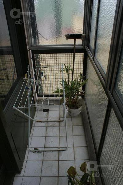 san telmo - dpto 2 amb. c/balcon cubierto - zona universidades